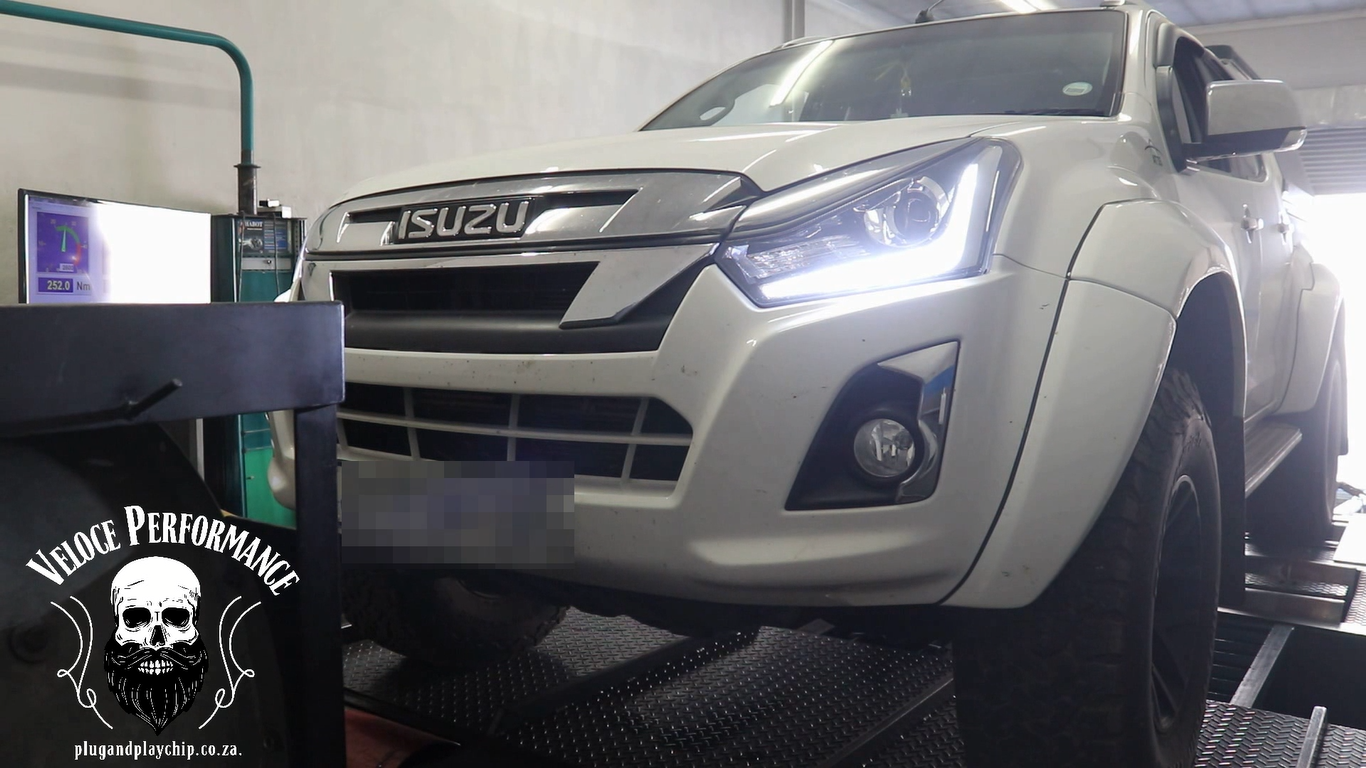 Isuzu ARCTIC AT35